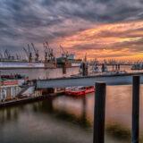 Wolken über dem Hafen